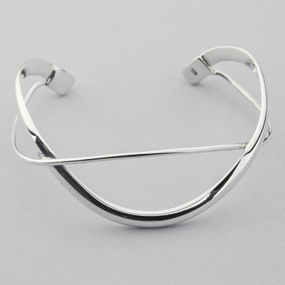 Contemporary Looped Bangle