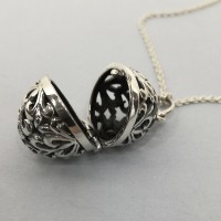 Filigree Oval Locket
