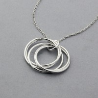 5 Ring Circle Necklace